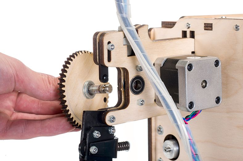 Cleaning_UltimakerOriginal_feeder_Take_out_extruder_gear.jpg