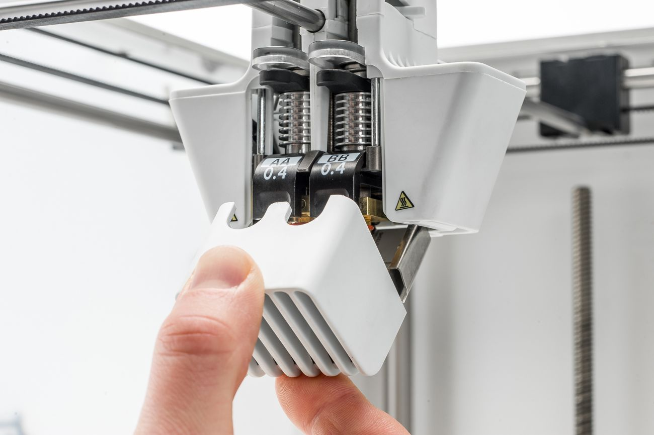 Ultimaker3_Close-front-fan-bracket.jpg